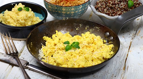 Scrambled eggs med pecorino
